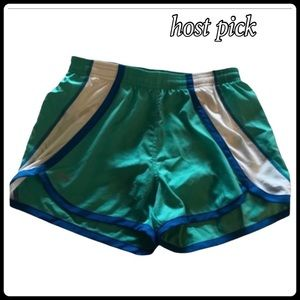 UNDER ARMOUR DRY WICK RUNNING SHORTS SMALL